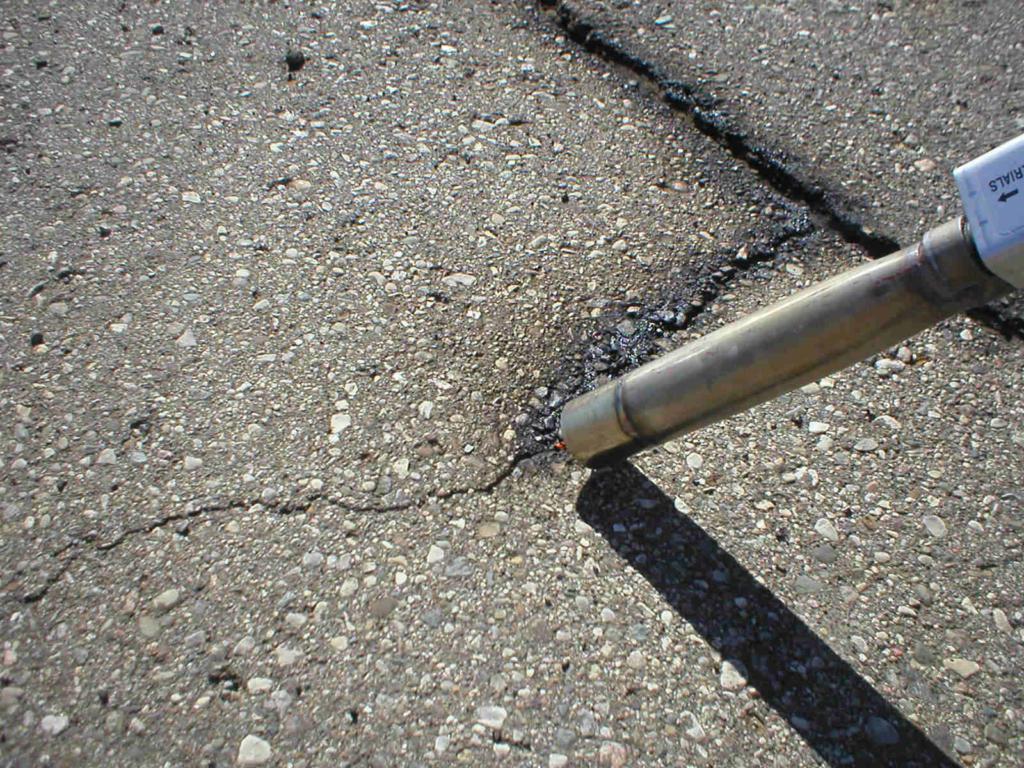 riparazione asfalto stradale